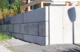 Beton-Block
